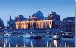 Hochschule für Bildende Künste Dresden an der Elbe, Deutschland (Dresden University of Visual Arts at river Elbe, Germany)
