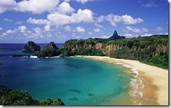 Praia em Fernando de Noronha, Brasil (Beach at Fernando de Noronha, Brazil)