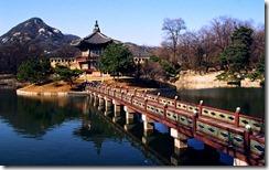 경복궁 향원정 (Hyangwonjeong Pavilion at Gyeongbokgung)