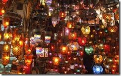 Kapalıçarşı'da Lambalar, İstanbul, Türkiye (Lamps at the Grand Bazaar, Istanbul, Turkey)