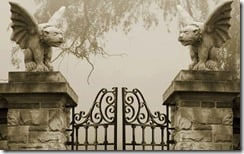 Gate with winged dog statues