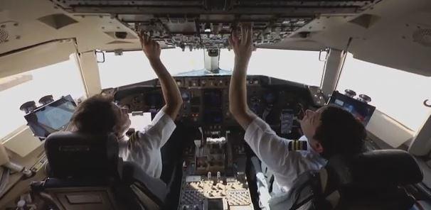 Delta Chooses Surface 2 for Electronic Flight Bag Platform